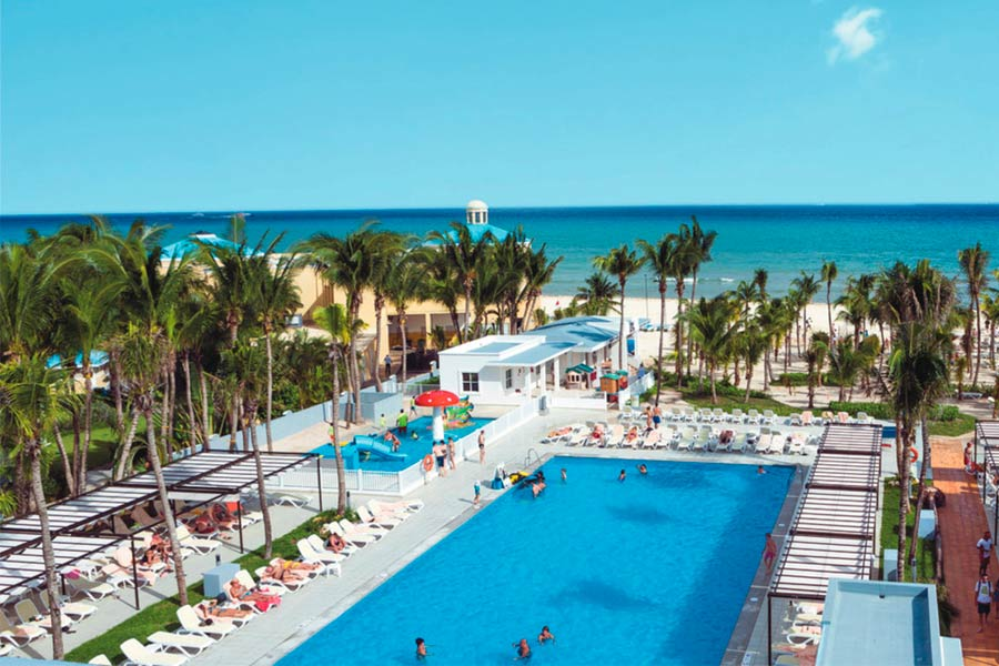 Hotel Riu Playacar Outdoor Pool