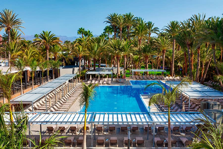 Hotel Riu Palace Oasis - Outdoor pool