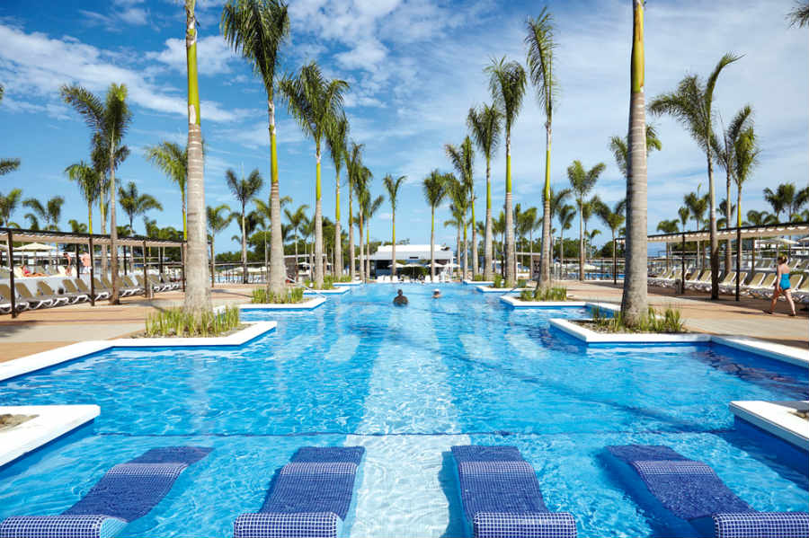 Hotel Riu Palace Costa Rica Outdoor Pool