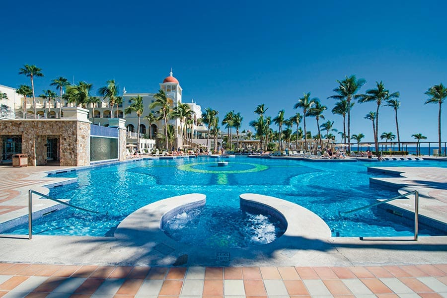 Hotel Riu Palace Cabo San Lucas - Outdoor pool